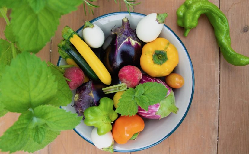 花と有機野菜を楽しむ「オーガニックマルシェ」
